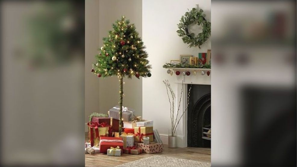 Half Christmas.British Retailer Selling Half Trees For Christmas Wkrc