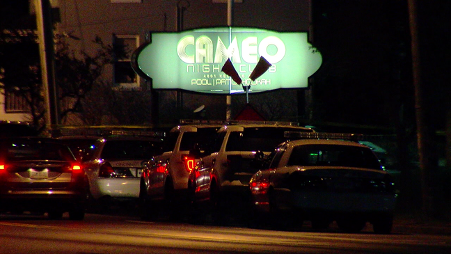 Attorneys believe Cameo patrons paid to bypass metal