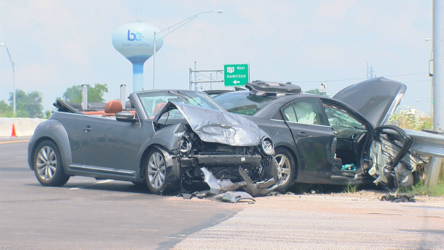 Woman flown to hospital after crash in Liberty Township | WKRC