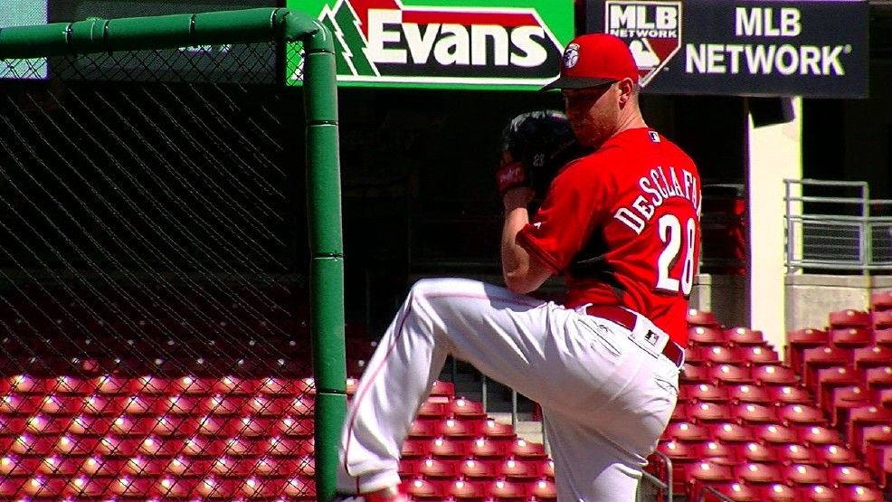 c0f4ec52509 Anthony DeSclafani has been on the shelf since straining his left oblique  during spring training. (WKRC)
