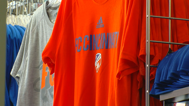 new product 06398 25063 Local fans and business owners ready for FC Cincinnati home ...