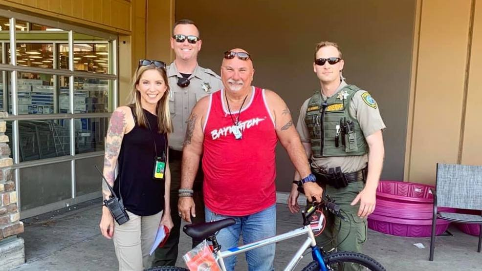 Oregon deputies replace man's stolen bike in time for his